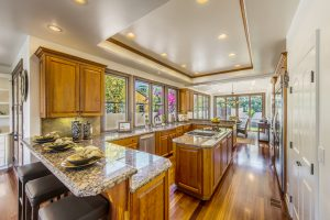 Hollywood Riviera Luxury Homes Kitchen